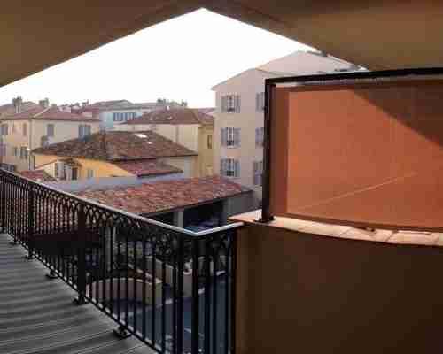 Protection solaire extérieure hôtel-de-paris-saint-tropez-brise-vue-3